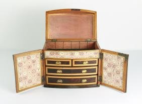 Georgian table top Cabinet of Rosewood and Satinwood w