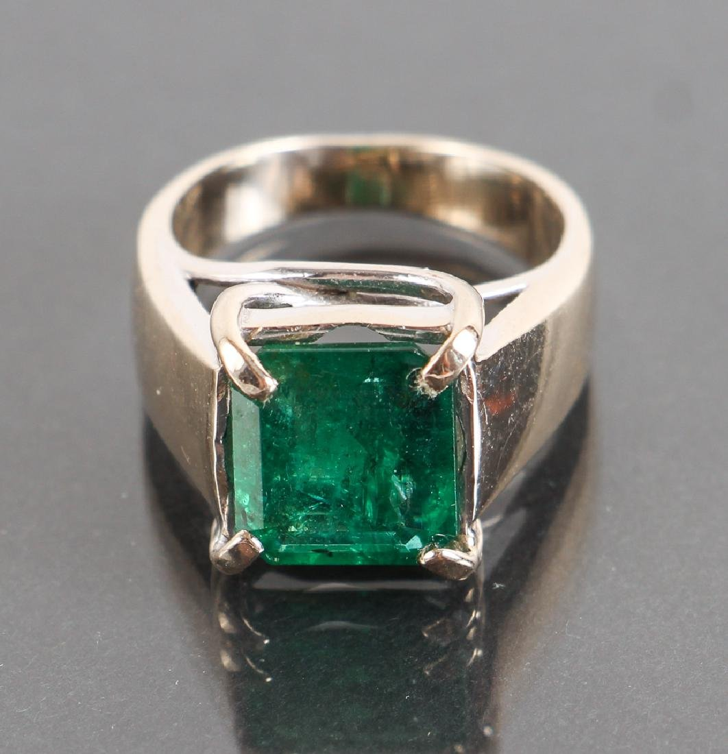Emerald and 18K White Gold Ring