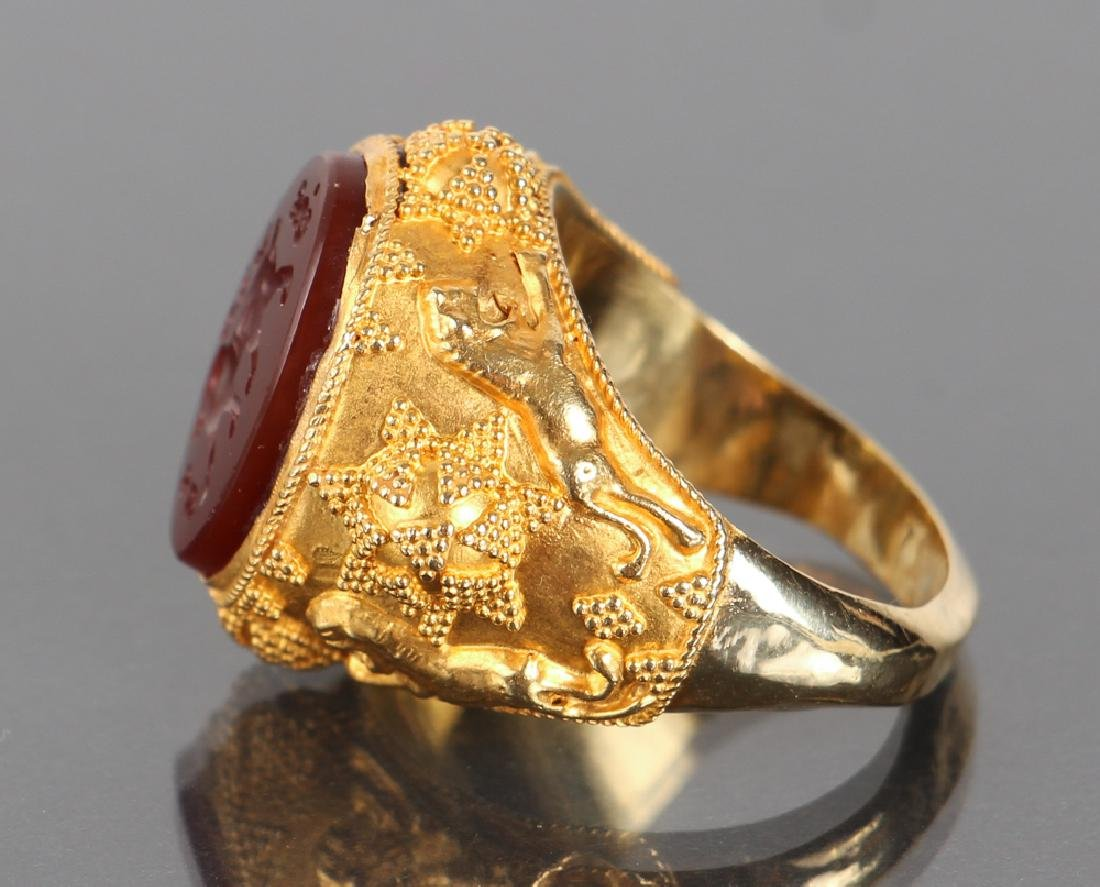 Etruscan Revival Gold and Intaglio Carved Ring - 5