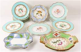 Group Chamberlains, Wedgwood and Old Paris Porcelain