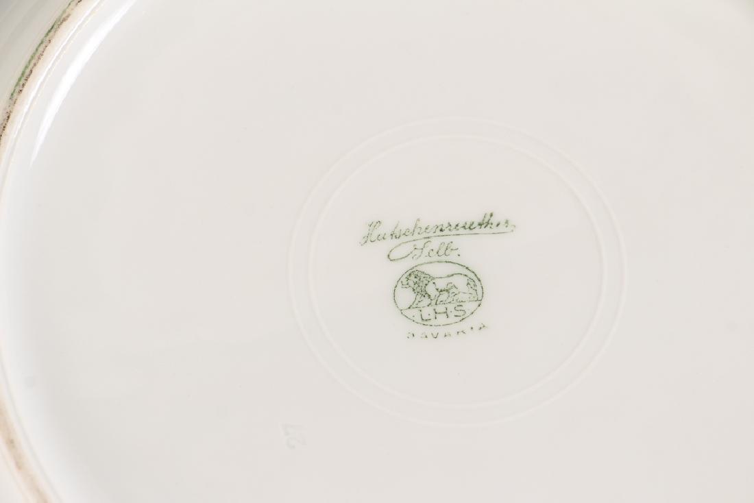 Twelve Hutschenreuther Dinner Plates - 3