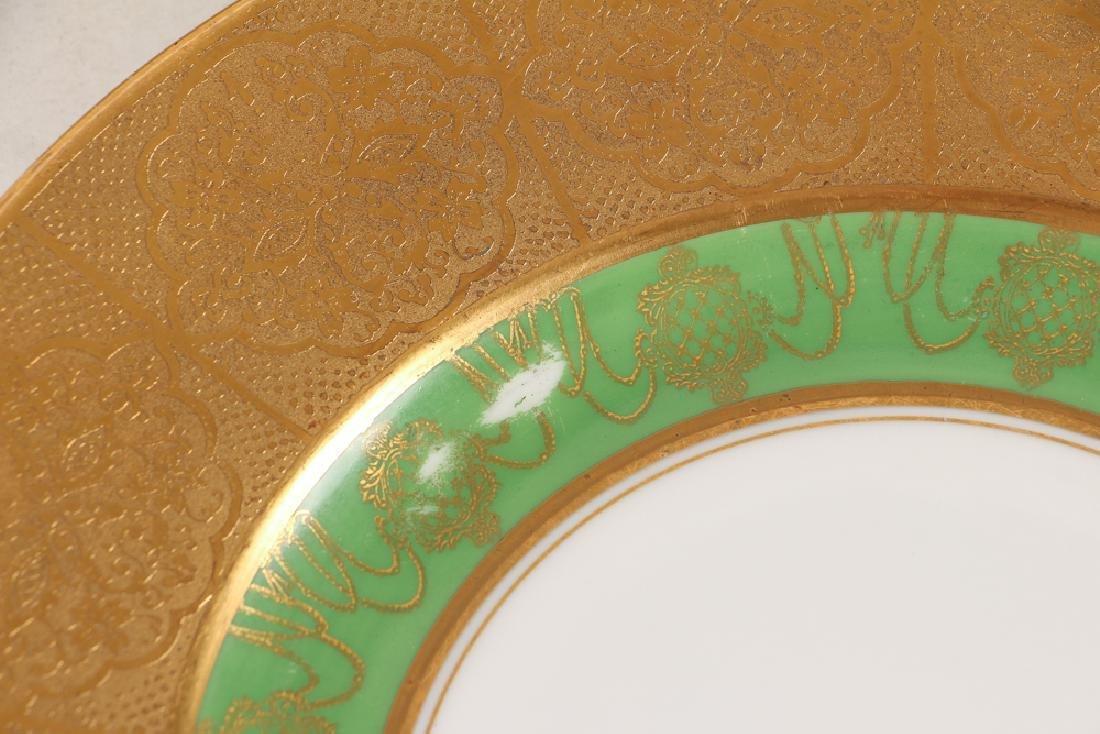Twelve Hutschenreuther Dinner Plates - 4