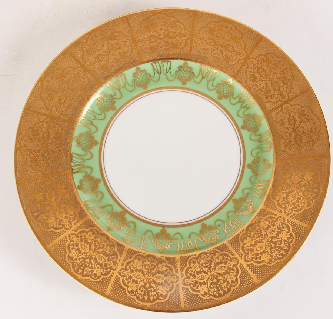 Twelve Hutschenreuther Dinner Plates - 5
