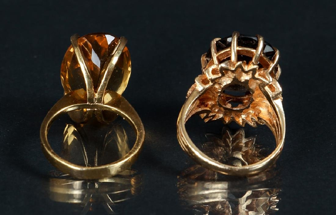 Two 14K Yellow Gold Rings - 2