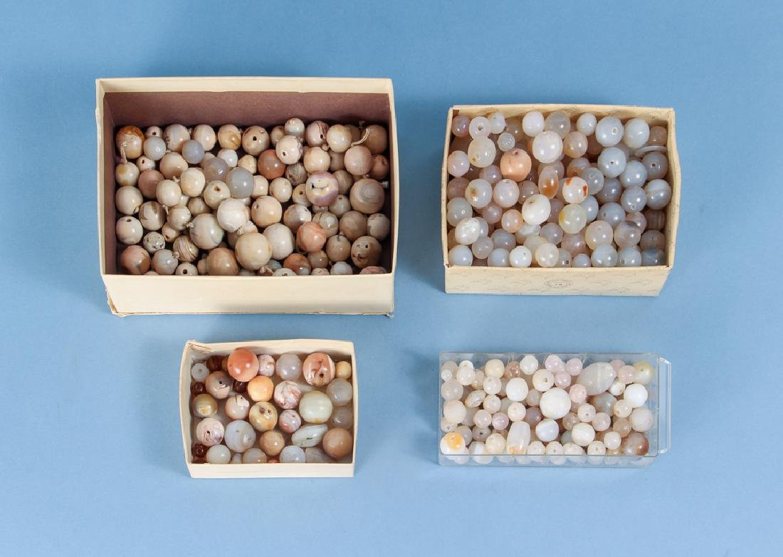 Large Group of Beige Agate and Quartz Beads