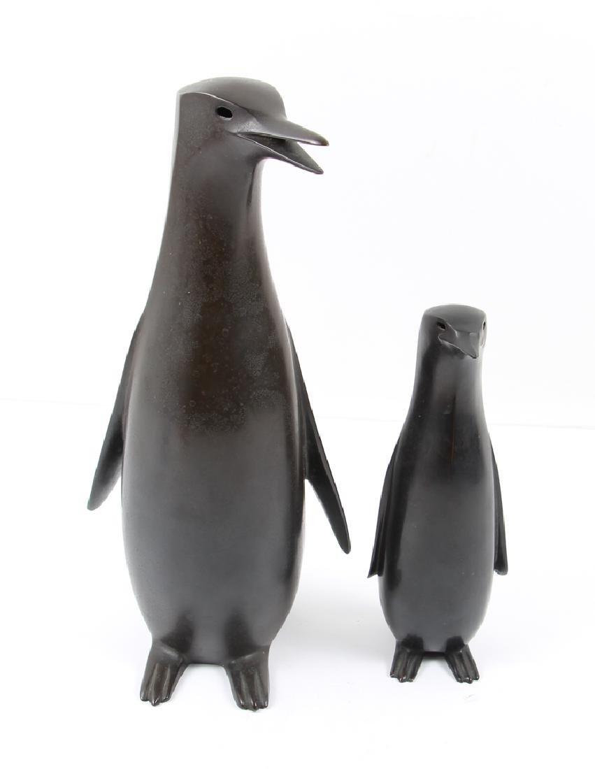 Japanese bronze Penguin Mom and Child - 2