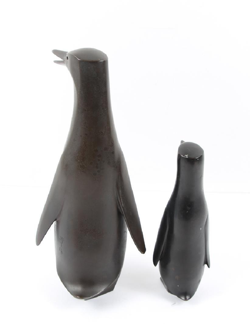 Japanese bronze Penguin Mom and Child - 4