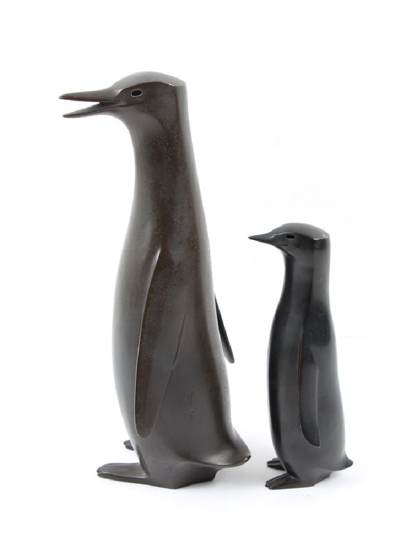 Japanese bronze Penguin Mom and Child - 5