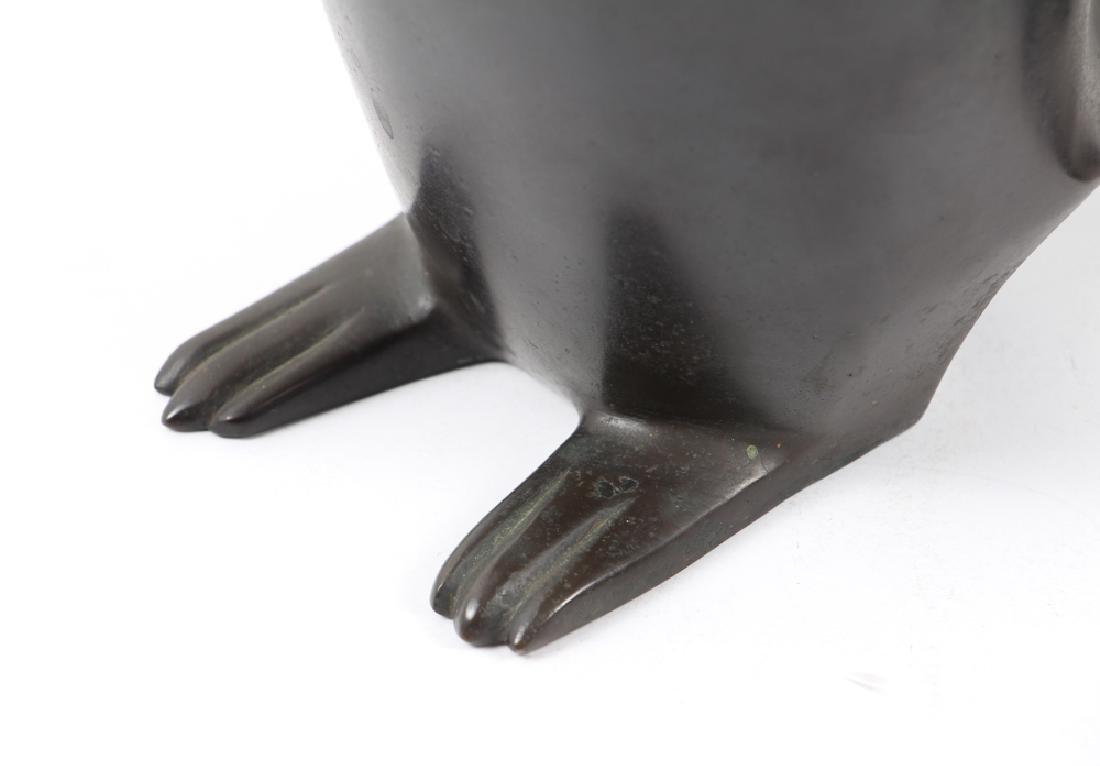 Japanese bronze Penguin Mom and Child - 8
