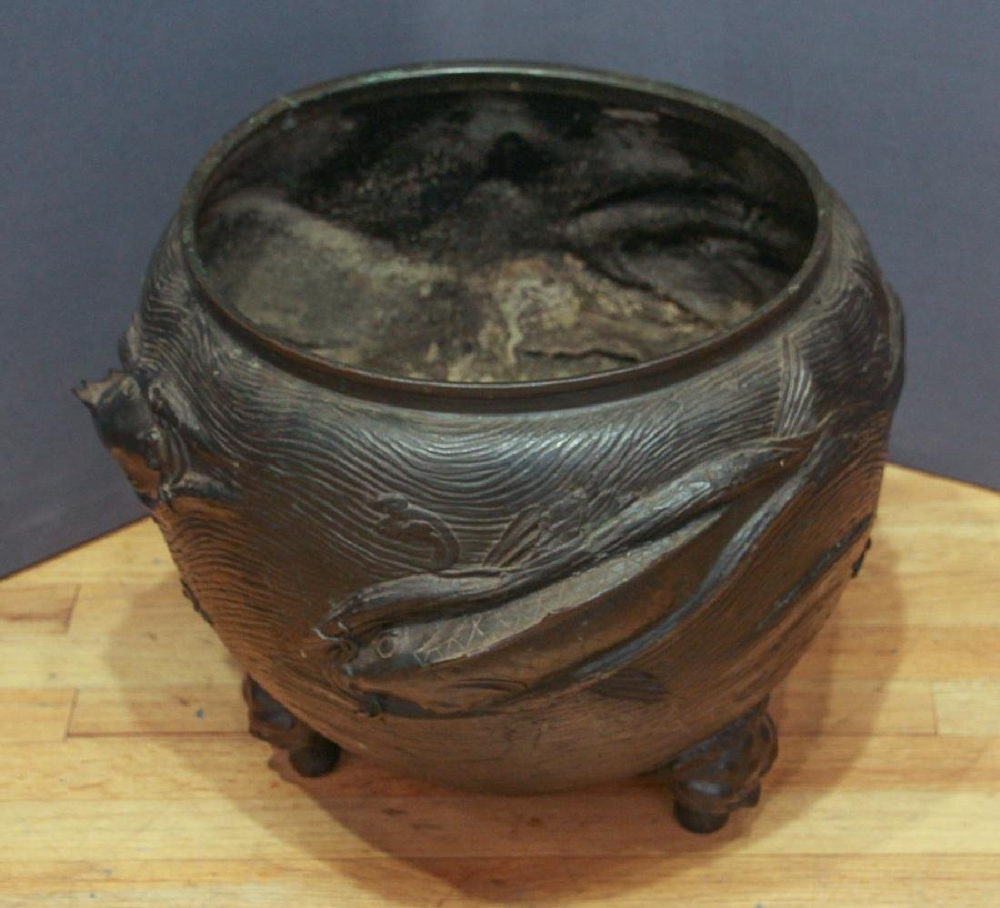 Large Japanese Bronze Fish Themed Jardiniere - 3