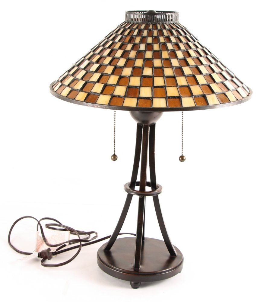 3 Quoizel Medici Checkerboard Glass Shade Lamps,  2 - 8