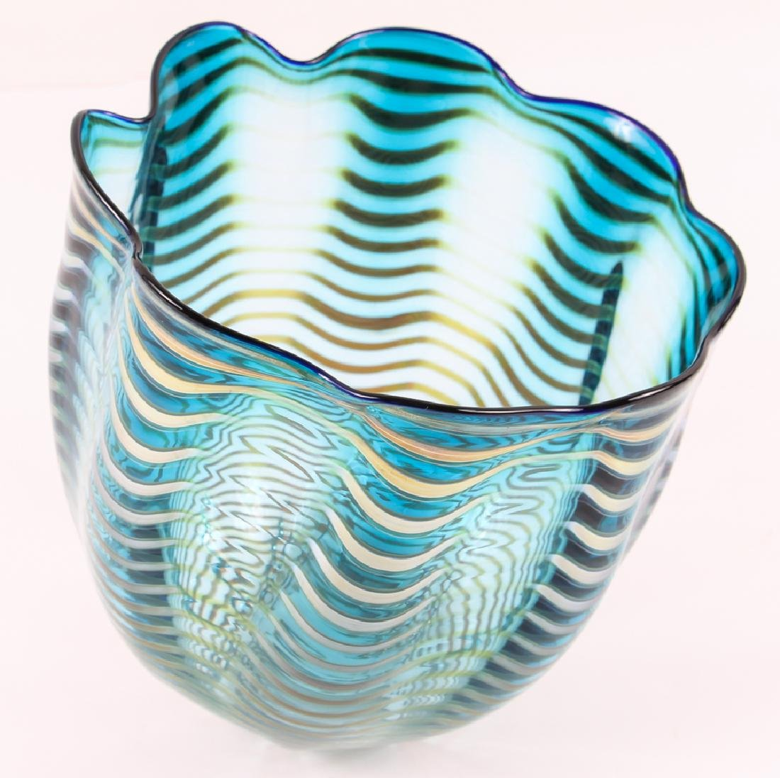 DALE CHIHULY; PORTLAND PRESS Blown glass Seaform vase - 3