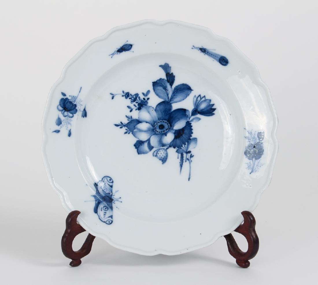 Two Meissen Blue Flower and Insect Bowls - 6