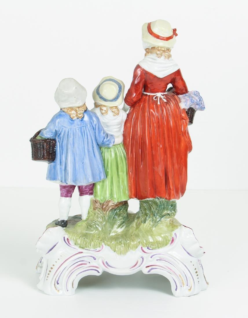DRESDEN Porcelain Figurine Advertising Yardley's Old - 3