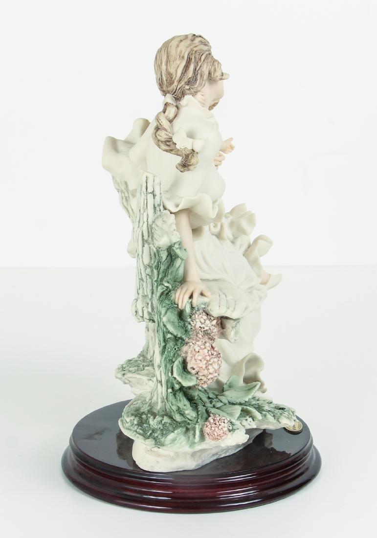 GIUSEPPE ARMANI porcelain figure To Tell a Tale - 2