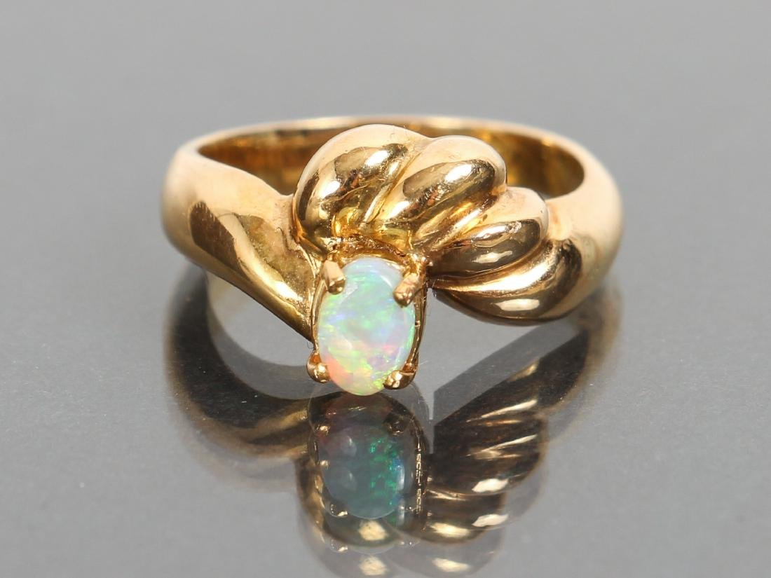 18 K Gold and Opal Ring