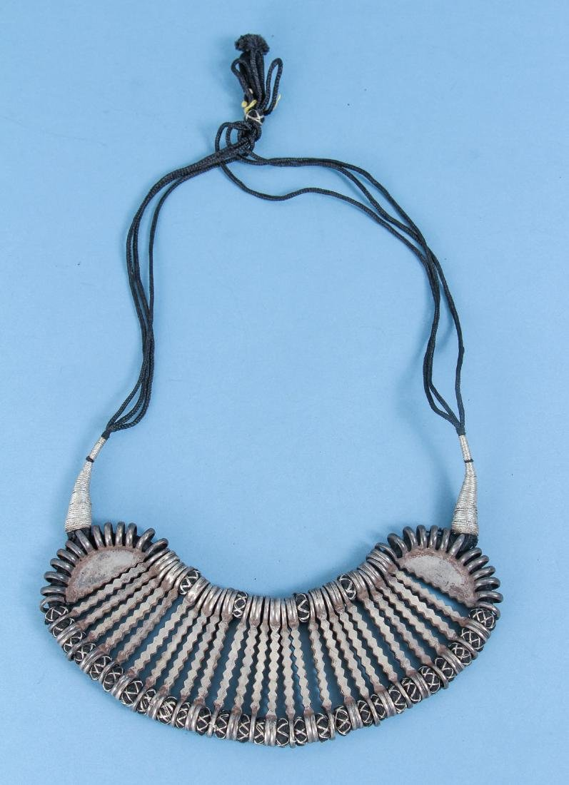 Four Antique Indian Silver Choker Necklace - 2