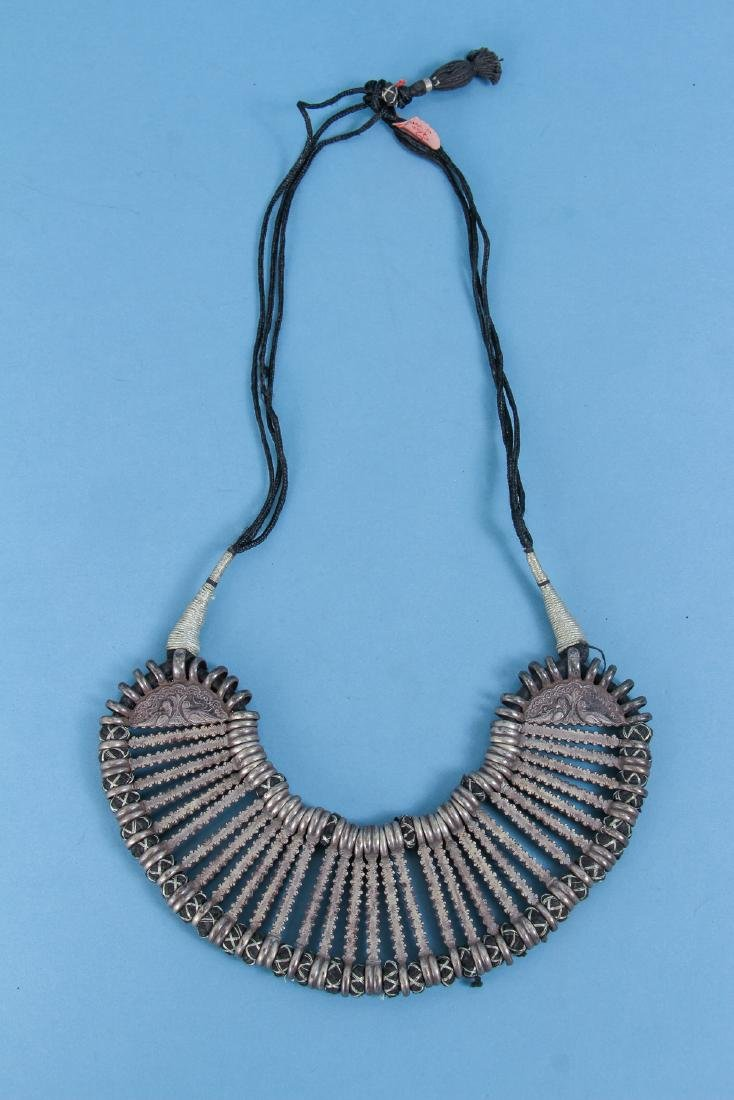 Four Antique Indian Silver Choker Necklace - 8