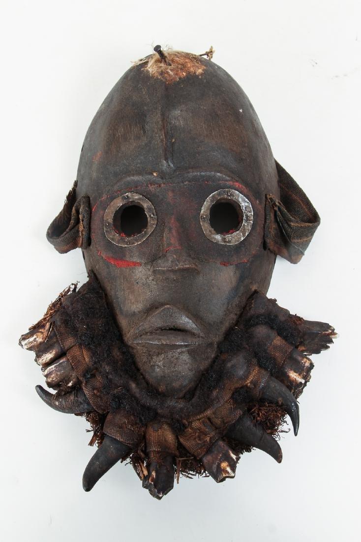 Dan Round Eye Mask