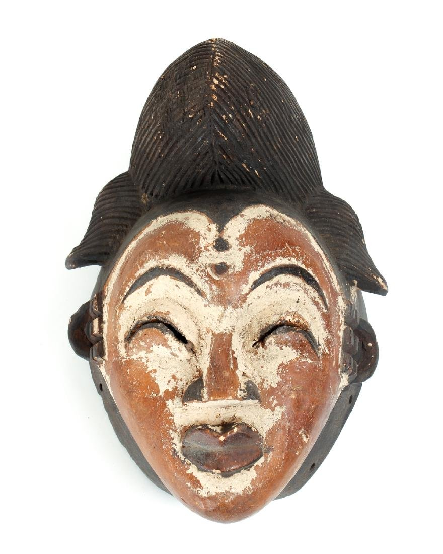 Punu Female Face Mask