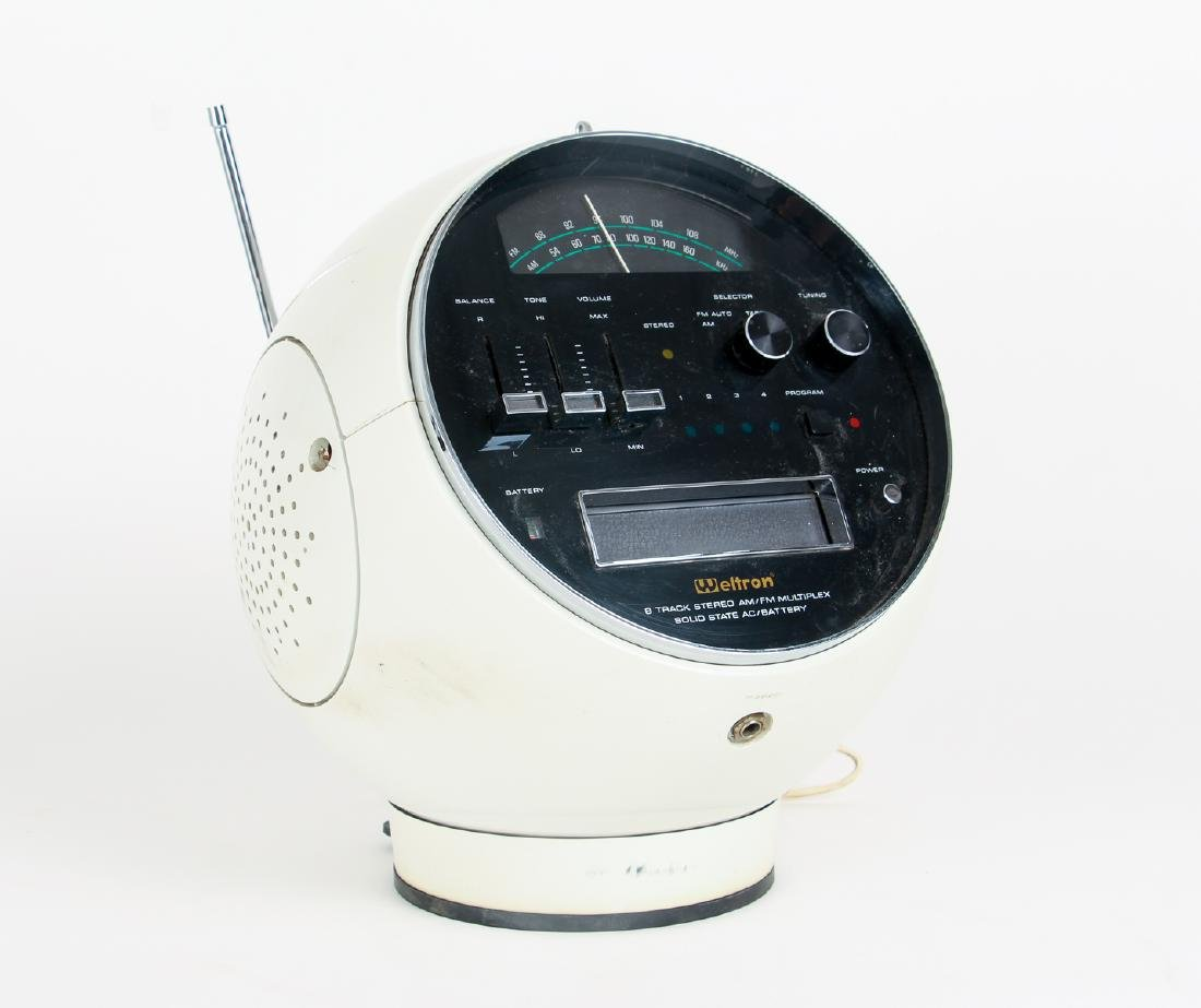 Weltron Space Age Ball Radio