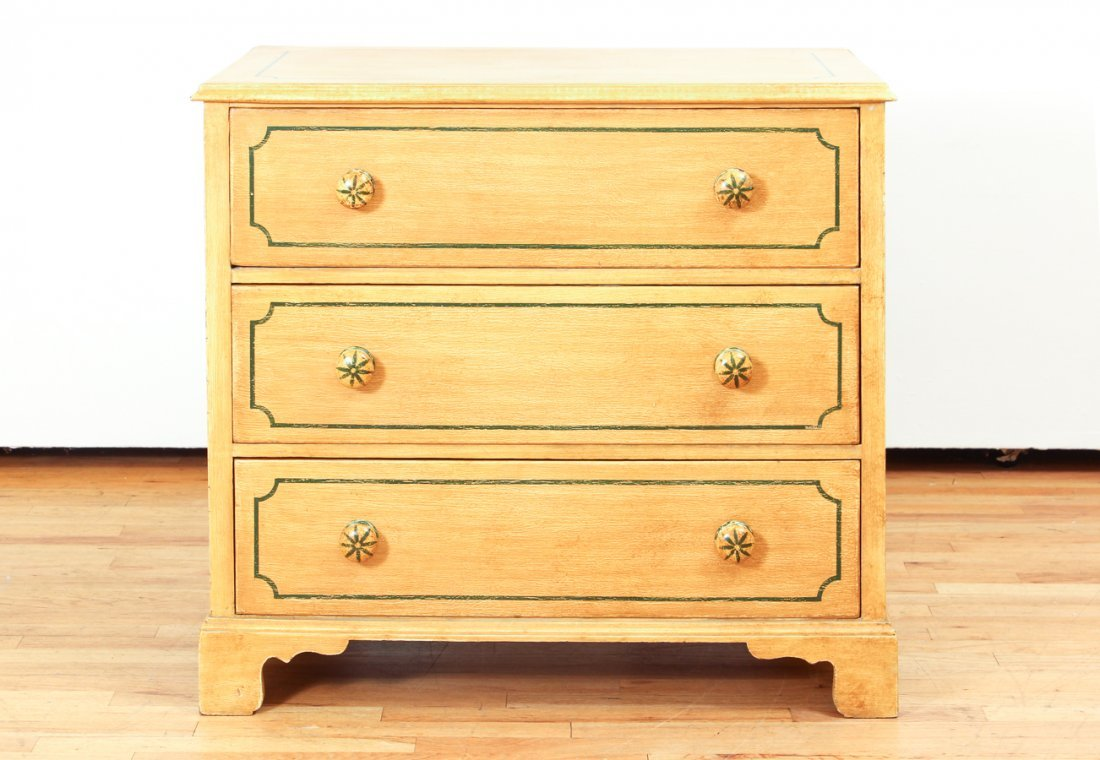 Pair of Pine Painted Chests of Drawers - 10