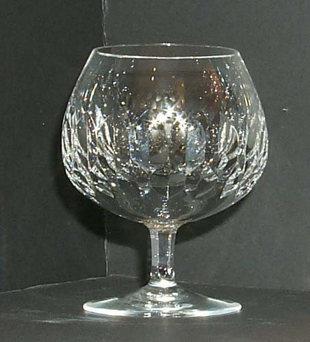 10: 20th Century Glassware