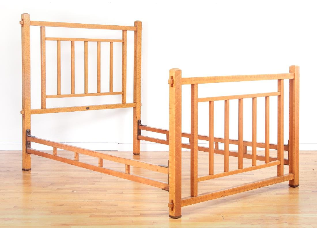 Arts & Crafts Full Wooden Bed