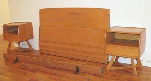 12: 2 Heywood Wakefield Sculptura Nightstands and Bed