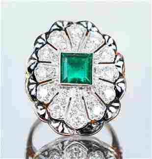 Lady's Antique Style 14k Emerald Diamond Ring
