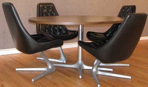 81C: 4 Chromcraft Star Trek Chairs with Round Table - 2
