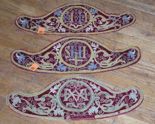 7: Four 17th century embroidered velvet altar panels