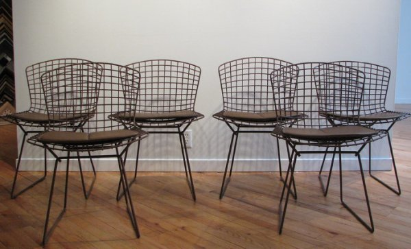 11: 6 Bertoia Wire Chairs & Pads
