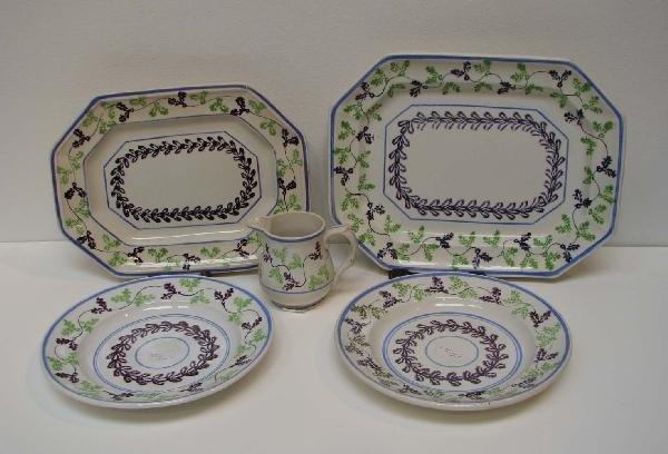 515: Group of Stick Spatter Holly Pattern Ceramics Elsm