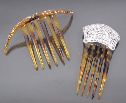 519: two faux tortoise decorative hair combs