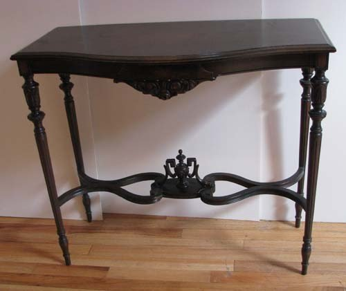 666: Mahogany Hall Table with Urn Decoration