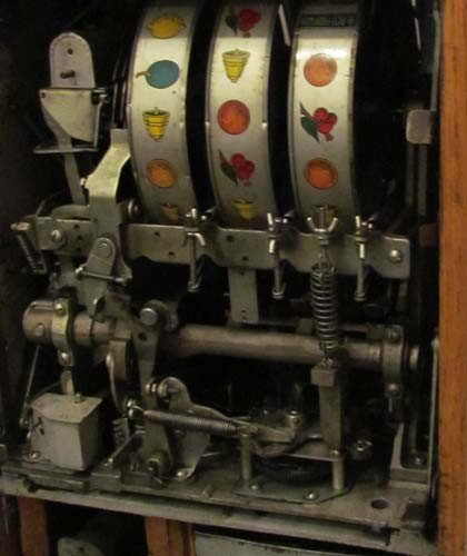 770: Mills 5 Cent Hi -Top Slot Machine Coin Operated - 8