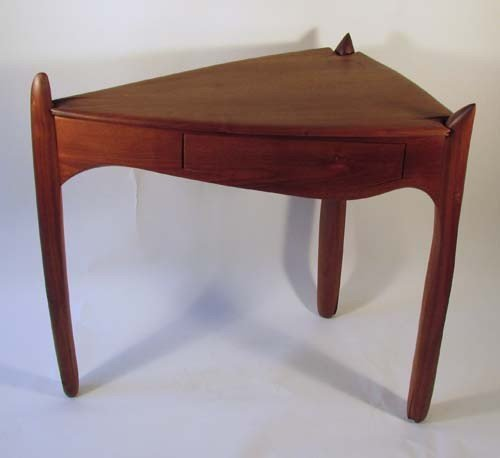 20: Dennis Levish Contemporary Craft Corner Table