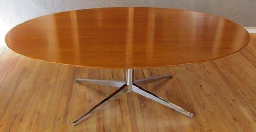 520: Florence Knoll oval shaped conference table