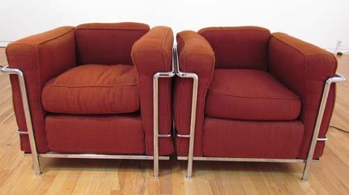 522: 2 Le Corbusier Cassina LC2 Armchairs