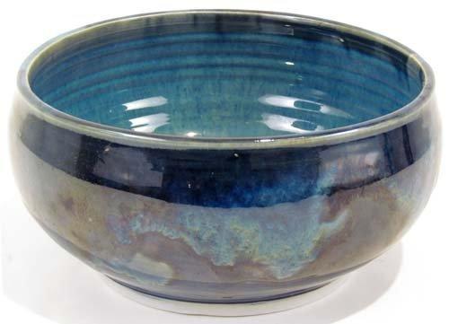 642: Valda Cox lovely glazed porcelain bowl