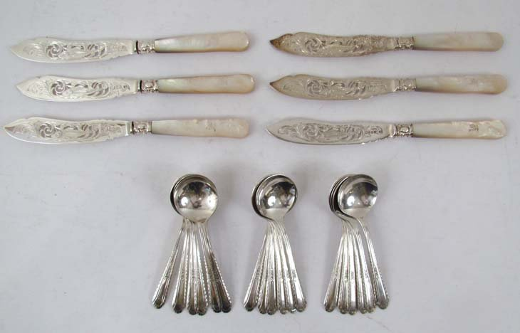 1: 18 soup spoons and 6 fish knives