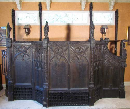 24: French Gothic Carved Stained Oak Pulpit Rail