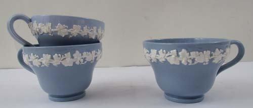 335: Wedgwood Cream on Lavender Embossed Queensware #22 - 3
