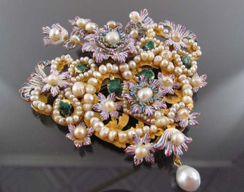 675: Elaborate 20k Gold South American Pearl and Enamel