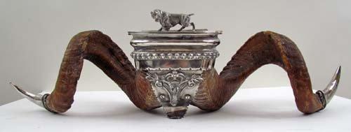 720: British Ram Horn & Silver Snuff Mulls