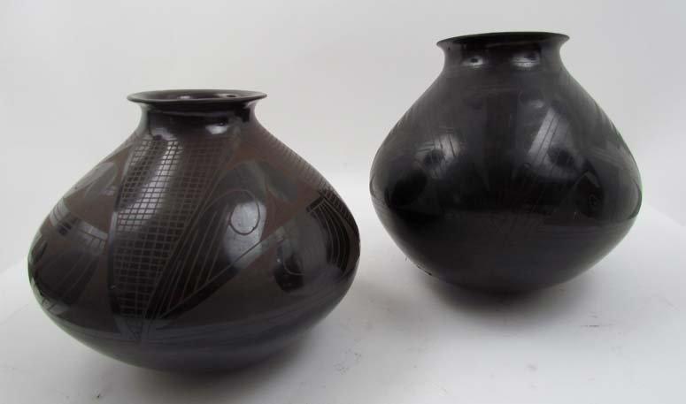 2 Casas Grandes Black Geometric Ceramic Pots