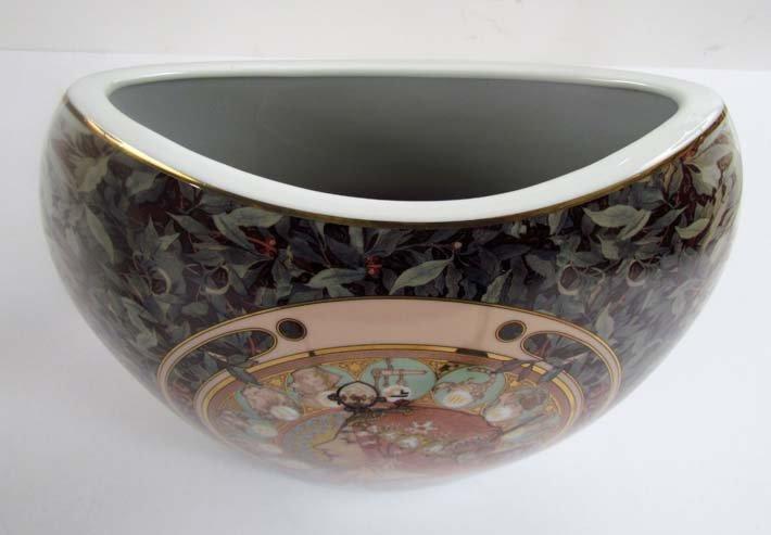 "two Goebel ""artis orbis"" Alphonse Mucha vases - 3"