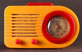 """Fada Model 1000 """"Bullet"""" Tabletop Catalin Radio"""
