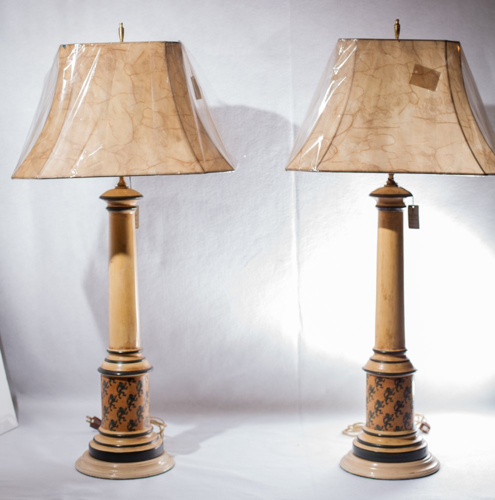 Pair Tole Painted Lamps w/painted metal lamp